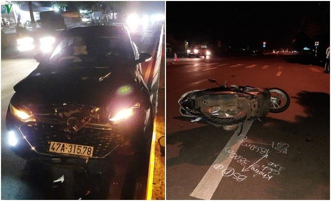Dừng chờ sang đường, 2 mẹ con bị ô tô chạy phía sau tông trúng