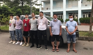 Phát hiện thêm 5 người Trung Quốc nhập cảnh trái phép trên ô tô 7 chỗ