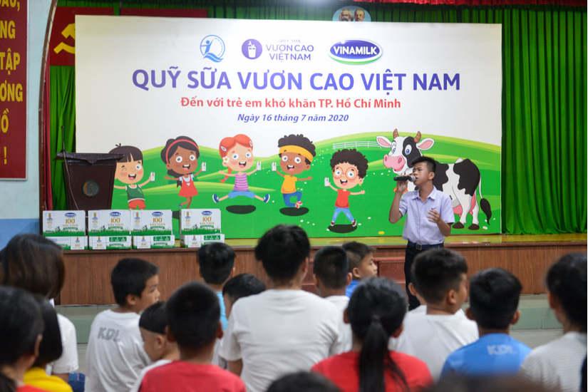 Quỹ sữa vươn cao Việt Nam và Vinamilk tiếp tục hành trình kết nối