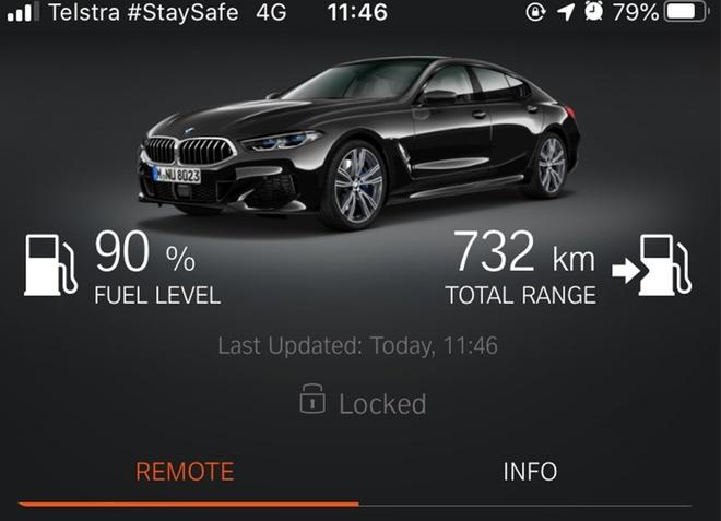 BMW khởi động xe từ xa qua điện thoại