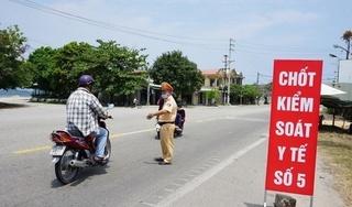 Cách ly 2 người Trung Quốc đi xe máy từ Đà Nẵng ra Huế