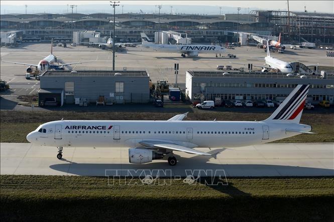 Sau dịch Covid-19, vận tải hàng không tại Paris có thể phải mất 7 năm để phục hồi