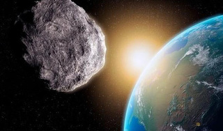 Tiểu hành tinh có kích thước bằng sân bóng đang lao về Trái đất