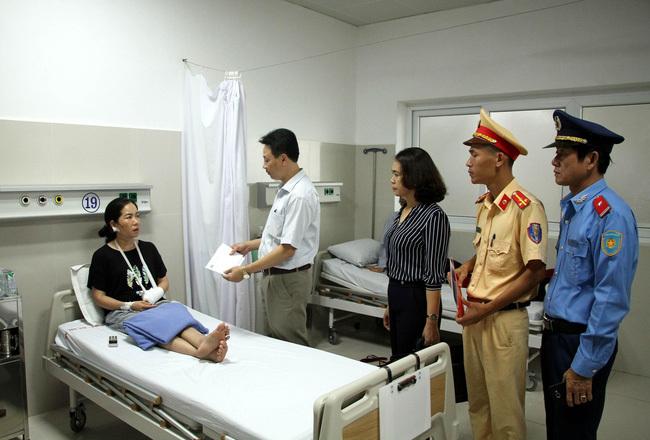 Vụ lật xe khách tại Quảng Bình, sức khỏe các nạn nhân tạm ổn, 6 trường hợp được xuất viện