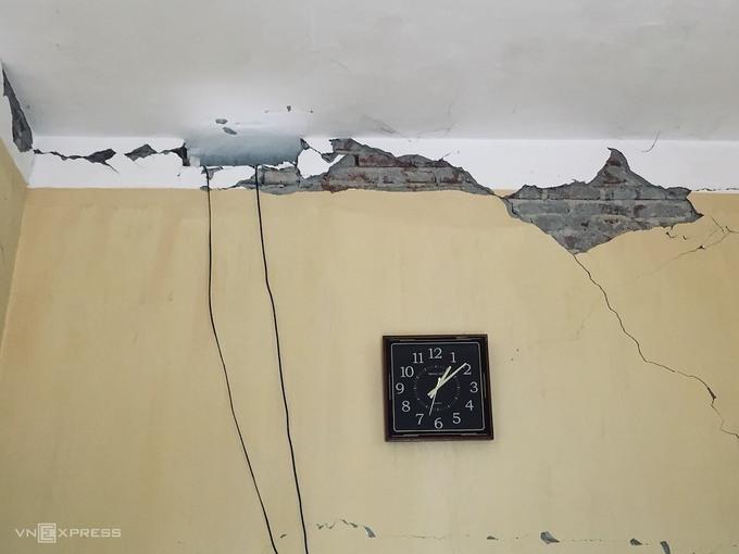 Thiệt hại sau 12 trận động đất liên tiếp trong hơn 1 ngày ở Sơn La