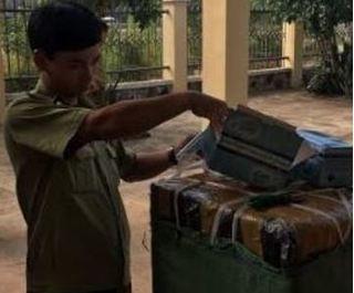 Tạm giữ 70.500 khẩu trang không có hóa đơn tại Bình Định