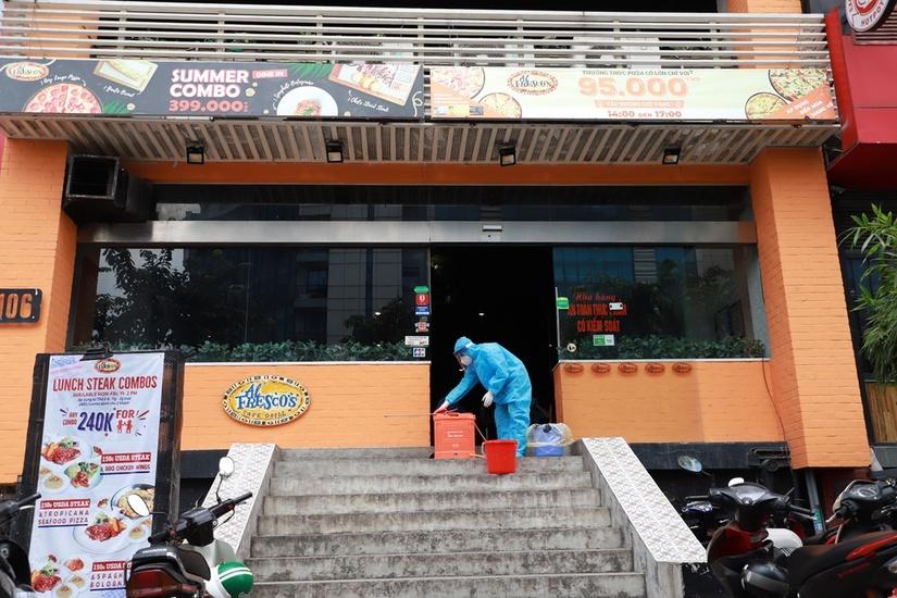 Hơn 250 người là F1, F2 của bệnh nhân 447 ở Hà Nội