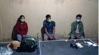 Bắt giữ 3 đối tượng nhập cảnh trái phép từ Lào vào Việt Nam