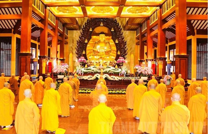 Giáo hội Phật giáo Việt Nam yêu cầu tạm dừng toàn bộ lễ hội