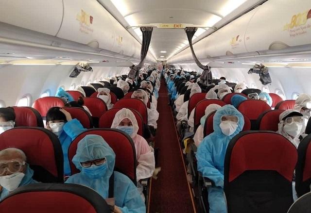 Đưa gần 240 công dân Việt Nam từ Myanmar về nước
