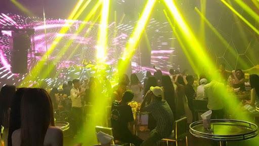 TP.HCM tạm đóng cửa quán bar, vũ trường từ 0h đêm nay