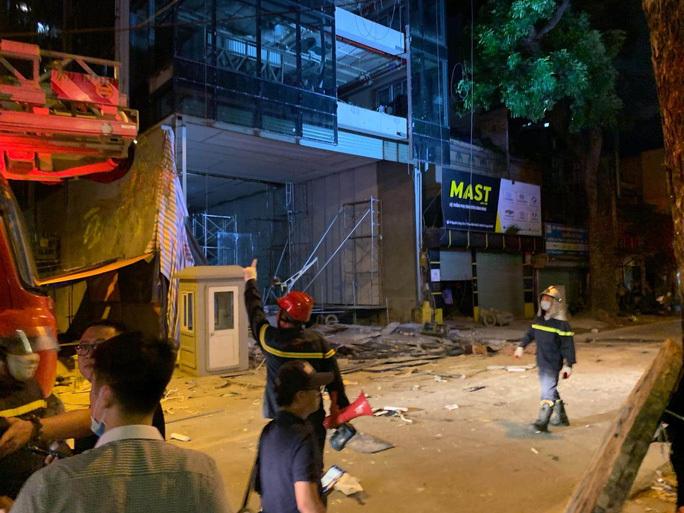 Vụ sập giàn giáo ở Hà Nội: Thêm 1 nạn nhân tử vong