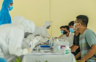 Hà Nội đã test Covid-19 được 19.000/54.000 người về từ Đà Nẵng
