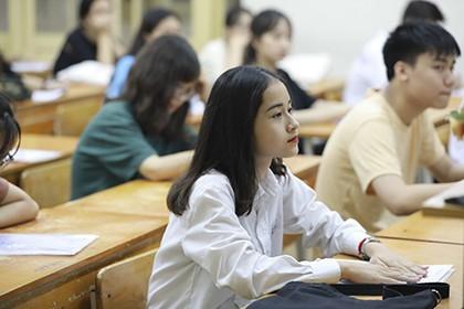Trường THPT đầu tiên ở Hà Nội hoàn thành tuyển sinh vào lớp 10