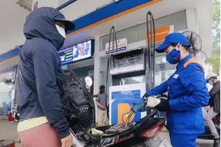 Giá xăng dầu hôm nay 1/8: Dầu thế giới tăng trở lại