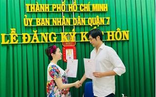 Pha Lê chính thức đăng ký kết hôn với bạn trai ngoại quốc
