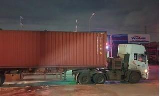 Tài xế container cán chết người rồi bỏ chạy