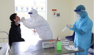 Test nhanh Covid-19 cho hơn 4.000 người Quảng Ninh về từ vùng dịch