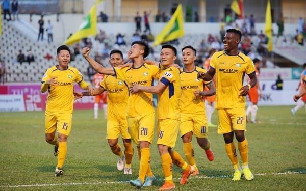 Chỉ số thống kê về SLNA và HL Hà Tĩnh sau vòng 11 V.League
