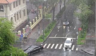 Miền Bắc có mưa lớn kéo dài do ảnh hưởng của hoàn lưu bão số 2