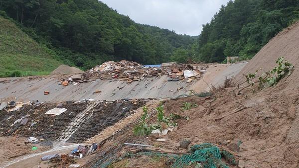 Mưa lũ lớn ở Hàn Quốc khiến 6 người thiệt mạng, hơn 1.500 người phải sơ tán