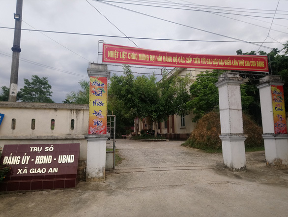 Nữ phó chủ tịch HĐND tố bị vợ con Bí thư Đảng ủy xã hành hung, làm nhục tại trụ sở