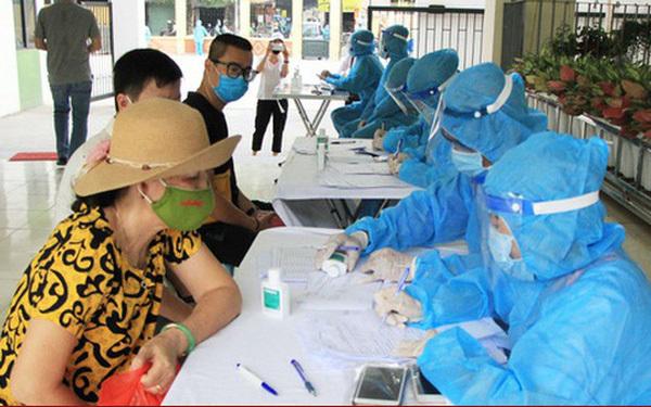 18.000 người tại Hà Nội về từ Đà Nẵng chưa được test nhanh Covid-19