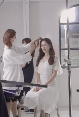 Nhan sắc của Son Ye Jin trong hậu trường quảng cáo lại tiếp tục 'gây sốt'