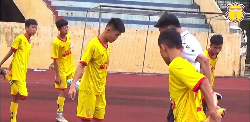 Nam Định để đối thủ cầm hòa ở vòng loại U15 quốc gia
