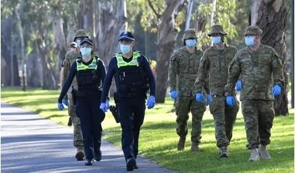 Australia xử phạt thế nào với người vi phạm cách ly phòng Covid-19?