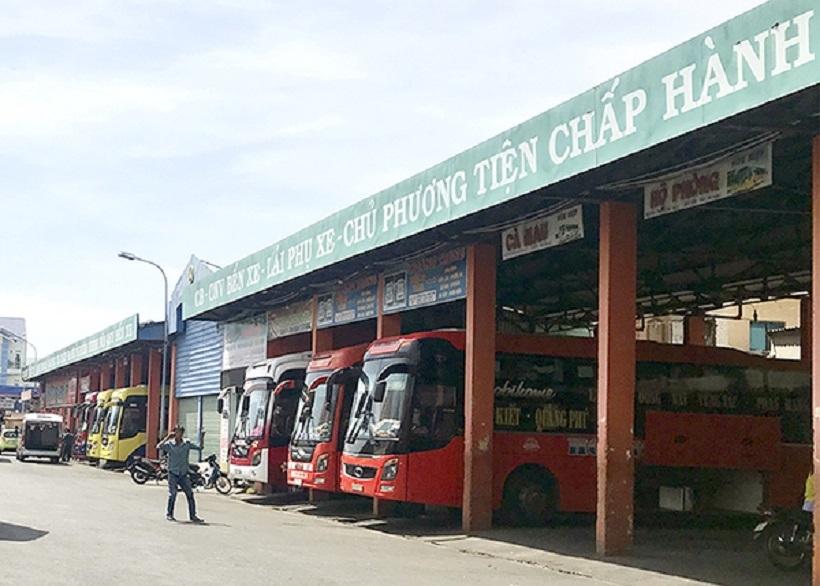 Hà Nội truy tìm hành khách đi chung xe với bệnh nhân 620 mắc Covid-19