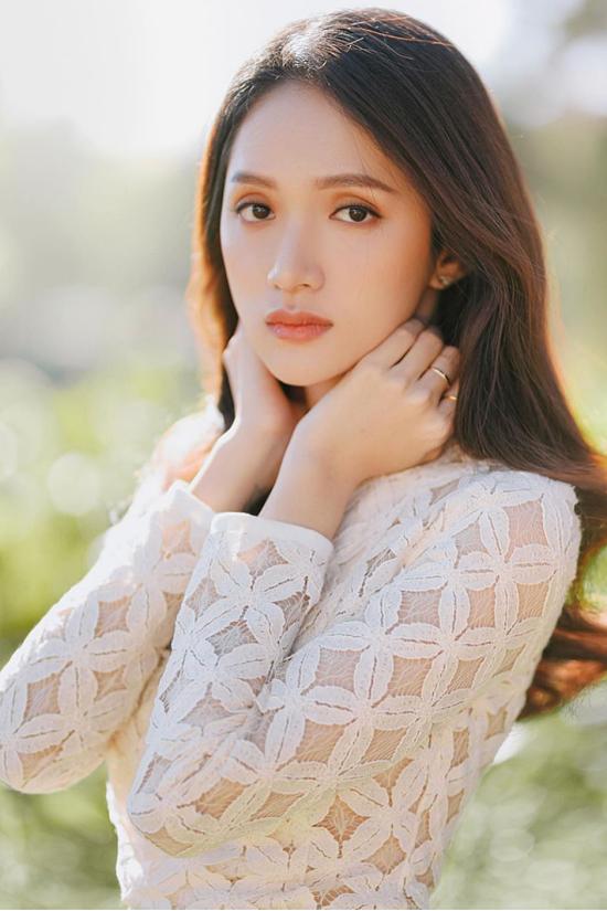 Hương Giang định rời showbiz để trở thành bà nội trợ