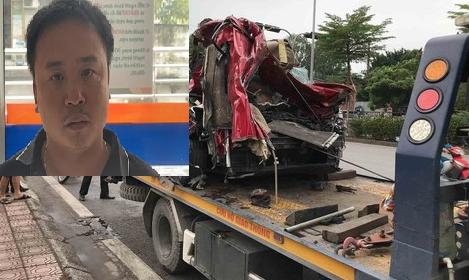 Tin mới vụ container đè xe con bẹp dúm khiến 3 người tử vong