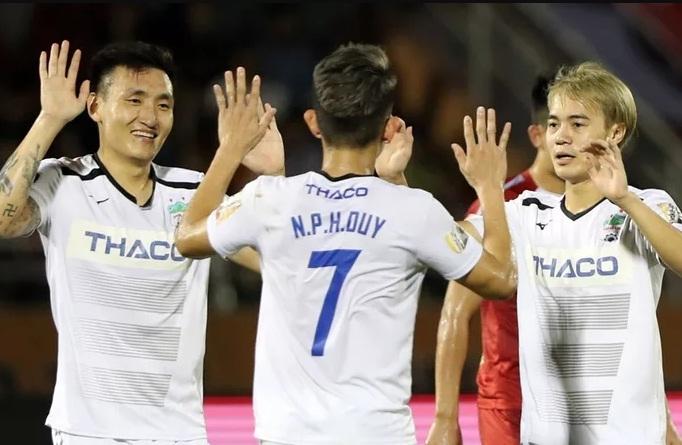 Nguyễn Phong Hồng Duy lọt Top 6 cầu thủ khỏe nhất V.League