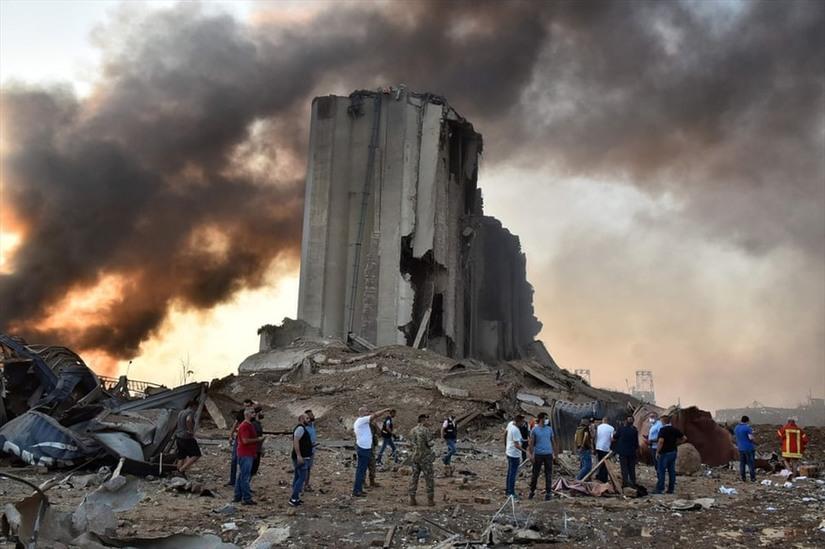 Cận cảnh, vụ nổ kinh hoàng tại Lebanon khiến 4000 người thương vong.5