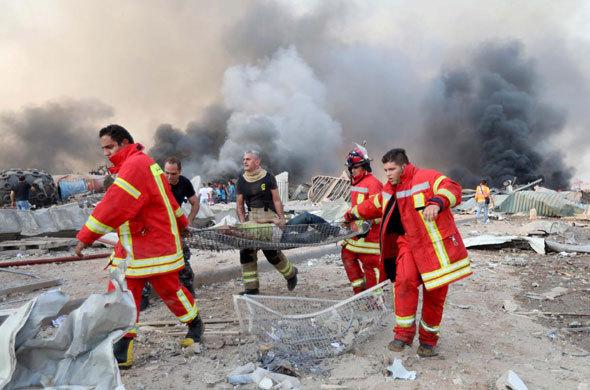 Cận cảnh, vụ nổ kinh hoàng tại Lebanon khiến 4000 người thương vong .4