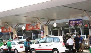 Bệnh nhân 671 ở Quảng Nam từng hai lần đi taxi không rõ biển số, tài xế
