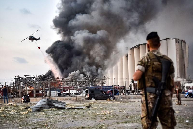 Cận cảnh vụ nổ kinh hoàng tại Lebanon khiến 4000 người thương vong.10