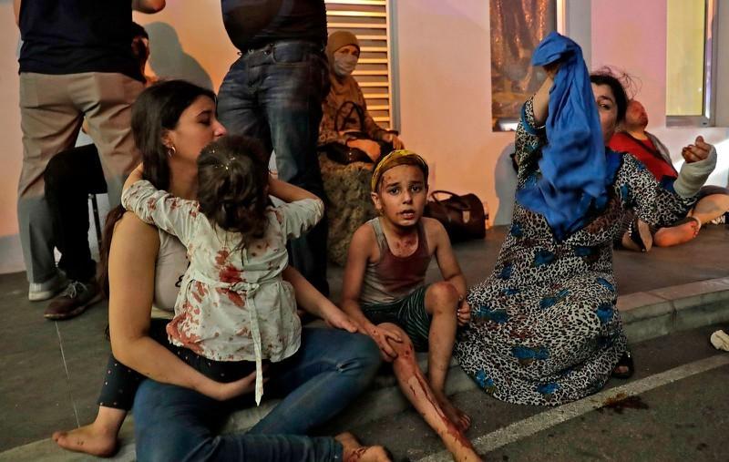 Cận cảnh vụ nổ kinh hoàng tại Lebanon khiến 4000 người thương vong. 8