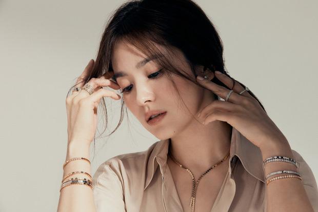 Giữa lùm xùm tình ái, Song Hye Kyo bất ngờ tung bộ ảnh đẹp nín thở