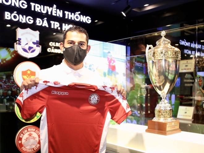 Tiền đạo Costa rica muốn cùng TP.HCM vô địch V.League