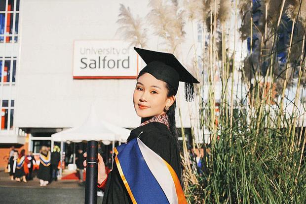 Hoa hậu Lê Âu Ngân Anh chính thức trở thành giảng viên trẻ tuổi nhất của trường Đại học Hoa Sen
