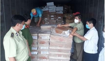 Tin tức pháp luật ngày 05/8: Phát hiện hơn 19 tấn thịt đông lạnh quá hạn sử dụng
