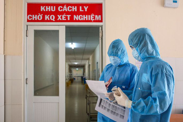 Thứ trưởng Bộ Y tế nhận định thời điểm đỉnh dịch trong 10 ngày tới
