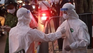 Bệnh nhân 459 ở Hà Nội tổn thương phổi nặng, nhiễm khuẩn huyết