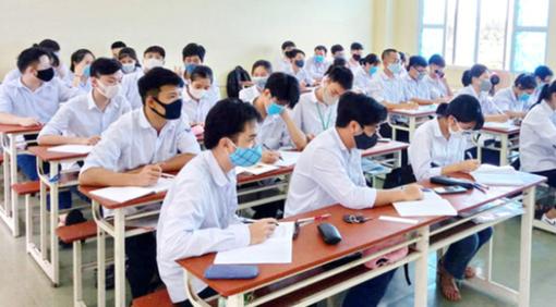Quảng Ngãi: Dừng khẩn cấp 1 điểm thi tốt nghiệp THPT vì liên quan Covid-19