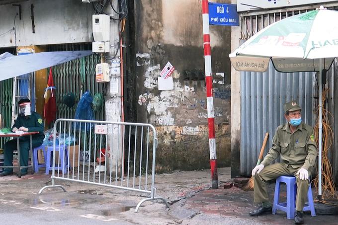 Một người ở cùng tòa nhà bệnh nhân 714 tại Hà Nội trốn khỏi nơi cách ly