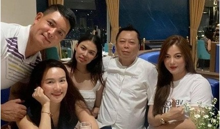 Trương Ngọc Ánh gây bất ngờ với thân hình 'phát tướng'