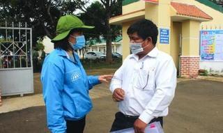 Gia Lai: Nhiều cán bộ, công chức xã đi thi tốt nghiệp THPT