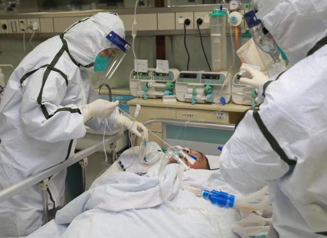 Chuyển gấp bệnh nhân 832 từ Quảng Trị ra Huế điều trị